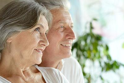 5 fontos kérdés a mini implantátumos műfogsorrögzítésről