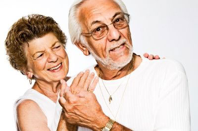 Teljes kivehető műfogsor – nem csak időseknek